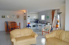 Beautiful 2 bedroom apartment in Port Grec with amarre 9,50x3m and garage